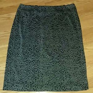 Woman's skirt size 12  beautiful print